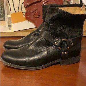 Short Black Zip Frye Boots